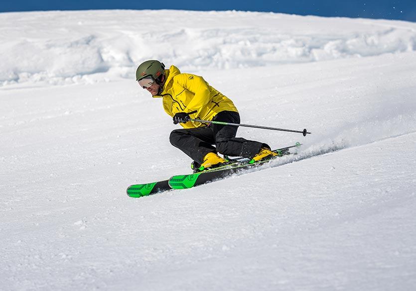 Bien choisir ses skis alpin
