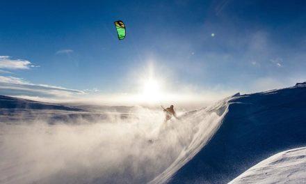 Décollez de plaisir avec le Snow Kite et le Speed Riding