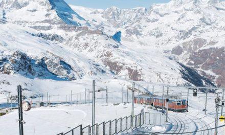 Skier à Zermatt en Suisse
