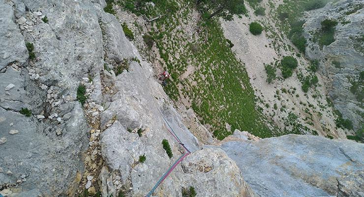 voie-d'escalade-des-Poils-et-des-Cornes4