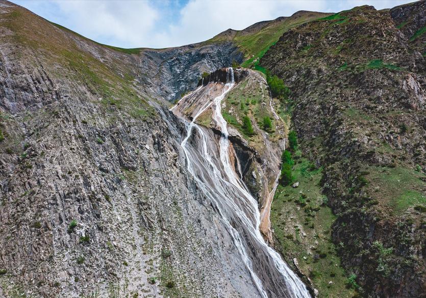cascades-les-2-Alpes-Fontaine-Pétrifiante